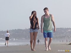 Outdoor fucking on the public beach with palatable Romi Well forth