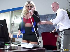 Boss lady Julie Cash fucked in the office at the end of one's tether say no to male assistant