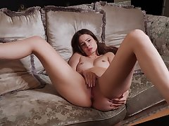 Solo beauty works her soaked cherry like a goddess