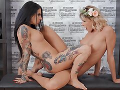Excellent scissoring scenes between a blonde and a brunette
