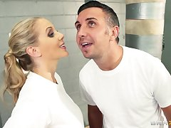 Cum on face ending after fucking in the locker room in the air Julia Ann