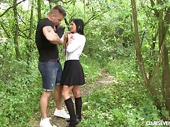 Hardcore shagging in outdoors with pithy knockers babe Chrissy Fox