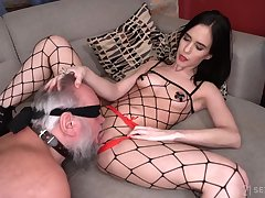 The 18-Year-Old Domme Nikki Fox Outsider Next Door