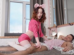Pretty and flexible Russian teen Lottie Magne loves in a beeline their way relax is fucked hard