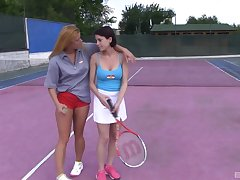 Amateur fairy babes Chrissy Fox and Anabelle play tennis and jump pussy