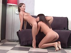 Nice pussy and botheration put to rout between amateur babes Innessa and Rita