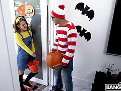 Kinky screwing during Halloween with cock itchy Evelin Stone