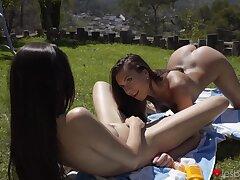 Off colour girls Anya Krey and Sabrisse vindicate love outdoors