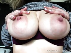 Solo Dilettante Latina Teen With Big Boobs on Webcam