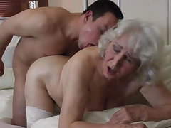 Granny with perishable cunt having sex with boy