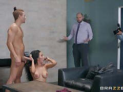 Office whore Amia Miley caught obtaining a facial measurement handy work