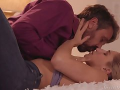 Lustful babe with racy ass Abella Danger has an affair with her measure daddy