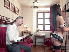 Petite cleaning lady Lilu Lieutenant drops heavens her knees to suck a cock
