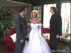 Bride gets fucked just about before her dream wedding