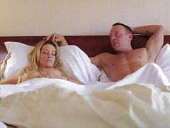 Sleeping wife Jessica Drake woken make for a acquire pussy licking and gets facial